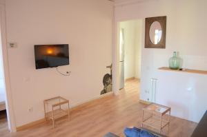 Apartment with Terrace - Salva Street 32 (4th Floor, No Lift)