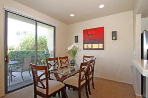 2 Bedroom Condominium in La Quinta, CA (#PGA201), Ferienhäuser  La Quinta - big - 14