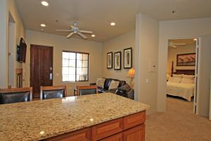 1 Bedroom Condominium in La Quinta, CA (#CLR102), Holiday homes  La Quinta - big - 5