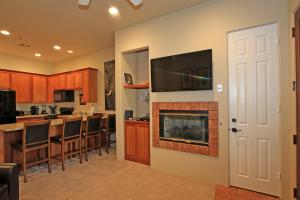 1 Bedroom Condominium in La Quinta, CA (#CLR102), Holiday homes  La Quinta - big - 7