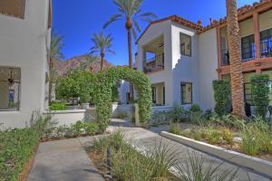 Studio Villa in La Quinta, CA (#LV023), Villen  La Quinta - big - 18