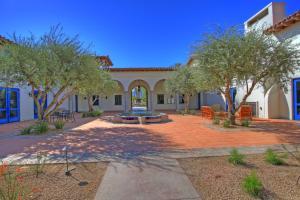 Studio Villa in La Quinta, CA (#LV023), Villen  La Quinta - big - 19
