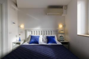 14 Leoni, Bed & Breakfasts  Salerno - big - 21