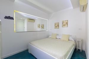 14 Leoni, Bed & Breakfasts  Salerno - big - 8