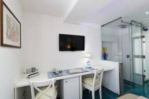 14 Leoni, Bed & Breakfasts  Salerno - big - 10