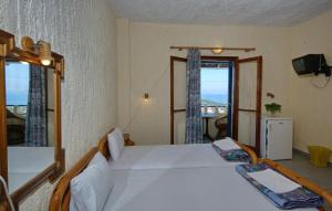 Alexandra Rooms, Guest houses  Alonnisos Old Town - big - 33