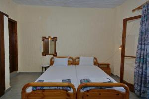 Alexandra Rooms, Guest houses  Alonnisos Old Town - big - 31