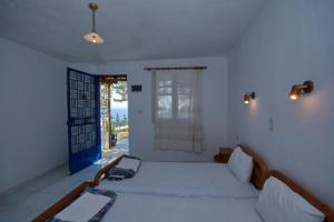 Alexandra Rooms, Guest houses  Alonnisos Old Town - big - 29