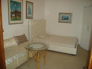 Collins Apartments, Appartamenti  Pola - big - 7