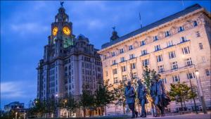Liverpool Bedford Sleeps 8