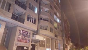 квартира в центре города, Apartments  Batumi - big - 3