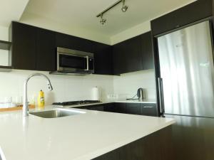 Richmond Condo Ackroyd, Appartamenti  Richmond - big - 17