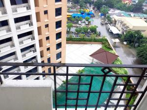 City View unit at Monte Carlo by MJ, Appartamenti  Manila - big - 2