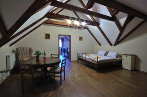 Penzion Prelat, Guest houses  Český Krumlov - big - 8