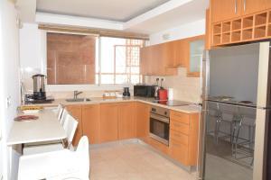 Sweethome26 Luxury Apartment Eilat, Apartmány  Eilat - big - 11