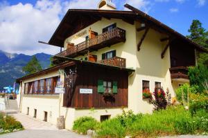 Landhotel und Berggasthof Panorama, Hotel  Garmisch-Partenkirchen - big - 66