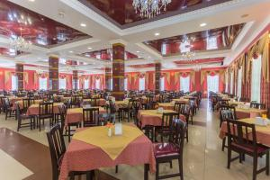 Olymp Resort Hotel All Inclusive, Resorts  Anapa - big - 31