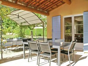 Villa Maubec, Vily  Maubec - big - 22