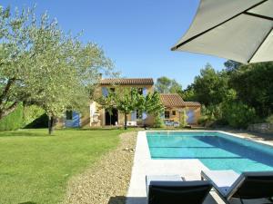 Villa Maubec, Vily  Maubec - big - 1