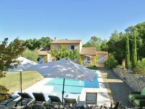 Villa Maubec, Vily  Maubec - big - 38