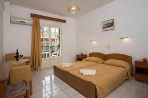 Philippos Hotel(Kassiopi)