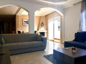 Appartement de luxe avec jardin privé., Apartmány  Casablanca - big - 14
