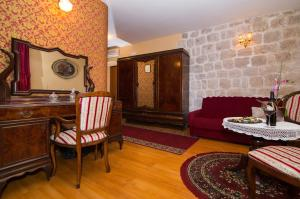 Hotel Pasike, Отели  Трогир - big - 26