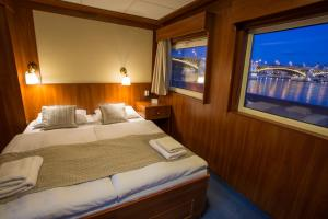Grand Jules - Boat Hotel, Boote  Budapest - big - 2