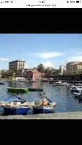 Alex's Home, Bed and breakfasts  Portici - big - 70