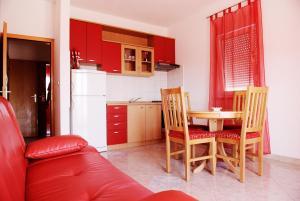 Darijan Apartments, Ferienwohnungen  Marina - big - 9