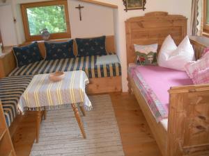 Ferienwohnung Holzer Maria, Apartmanok  Mittersill - big - 8