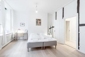 3 bedroom heritage apartment