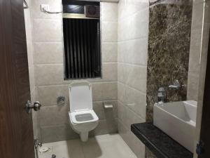 Executive Highrise - 2 Bhk Services Apartment, Apartmány  Bombaj - big - 3