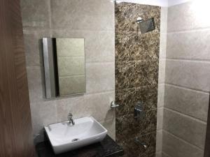 Executive Highrise - 2 Bhk Services Apartment, Apartmány  Bombaj - big - 2