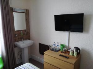 Driftwood B&B Weymouth, Отели типа «постель и завтрак»  Уэймут - big - 8