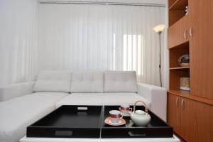 Nefertiti's Apartment, Appartamenti  Piatra Neamţ - big - 6