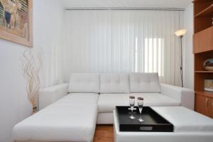 Nefertiti's Apartment, Appartamenti  Piatra Neamţ - big - 7