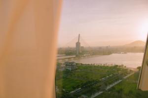 Stunning view Apartment, Apartmány  Danang - big - 35
