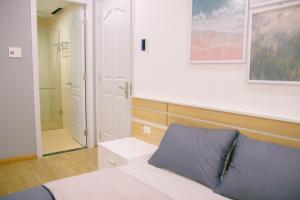 Stunning view Apartment, Apartmány  Da Nang - big - 12