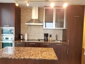 Premium Suites - Furnished Apartments Downtown Toronto, Apartmány  Toronto - big - 27