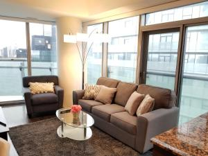 Premium Suites - Furnished Apartments Downtown Toronto, Apartmány  Toronto - big - 152