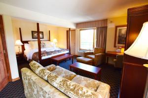 Arbors at Island Landing Hotel & Suites, Hotel  Pigeon Forge - big - 48