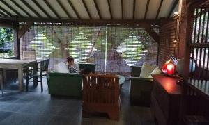 Mi Casa Ijen Guest House, Penzióny  Licin - big - 83
