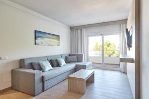 Sol Bahía Ibiza Suites