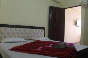 Spacious Rooms In mussoorie, Guest houses  Mussoorie - big - 16