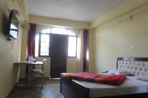 Spacious Rooms In mussoorie, Guest houses  Mussoorie - big - 14