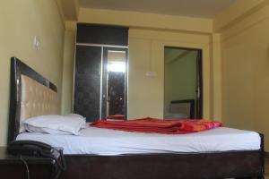 Spacious Rooms In mussoorie, Guest houses  Mussoorie - big - 13