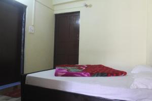 Spacious Rooms In mussoorie, Guest houses  Mussoorie - big - 9