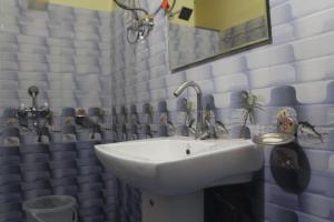Spacious Rooms In mussoorie, Guest houses  Mussoorie - big - 2
