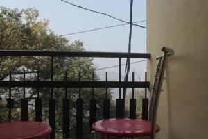 Spacious Rooms In mussoorie, Guest houses  Mussoorie - big - 4